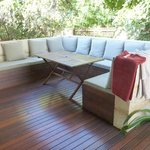 Outdoor dining area / sun lounges