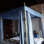 Four-poster in room