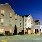 Fairfield Inn & Suites Cantonの写真
