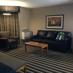 Executive Royal Hotel Edmonton resmi