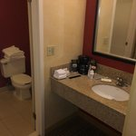 Courtyard by Marriott Mt. Laurel resmi