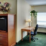 Okotoks - Queen Business Suite (BUS SUITE)