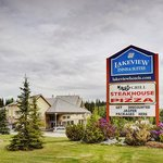 Lakeview Inn And Suites Hinton