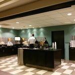 Photo de Hampton Inn & Suites Toronto Airport