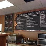 ‪4th Street Deli and Salads‬
