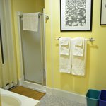 Bathroom - Woodbury Room