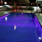 Pool with rotating lights (Purple)