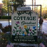 Фотография Rock Cottage Gardens B&B Inn