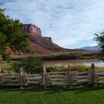 Фотография Red Cliffs Lodge