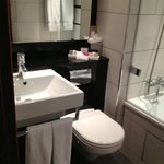 Photo de Crowne Plaza London Kensington