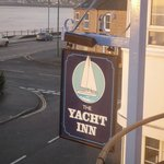 The Yacht Inn resmi