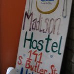 HI-Madison Hostel resmi