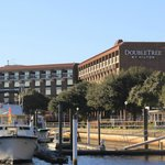 Photo de DoubleTree by Hilton Hotel New Bern Riverfront