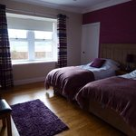 rowantree cottage twin bedroom
