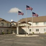 Americas Best Value Inn Lake Mills