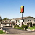 SUPER 8 MOTEL - ALEXANDRIA