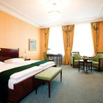 Photo de BEST WESTERN Premier Grand Hotel Russischer Hof