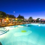Pool & Pool Bar by night