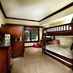 Four Bedroom Family Suite Bunk Bed rOOM