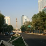 Reforma avenue (5 min from the hotel)
