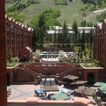 The St. Regis Aspen Resort resmi