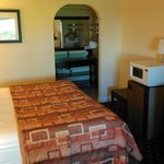 Foto van Days Inn & Suites - Little Rock Airport