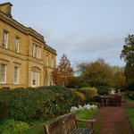 Photo de De Vere Oulton Hall