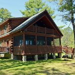 Grand Pines Resort Cabins