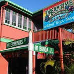 Front of Dreamtime Hostel
