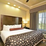 Φωτογραφία: BEST WESTERN PREMIER Crown Chase Inn & Suites