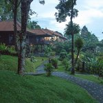 Foto Melanting Cottages & Restaurant