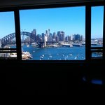Фотография North Sydney Harbourview Hotel