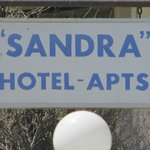 Photo de Sandra Hotel Apartments