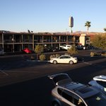 Photo de BEST WESTERN PLUS Desert Villa Inn