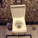 Square toilet, Room 405