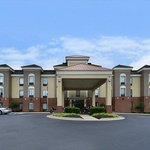 Welcome to the Holiday Inn Express Petersburg/ Dinwiddie