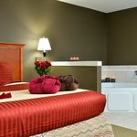 Honeymoon King Suite - Package Deal