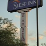 Sleep Inn North resmi