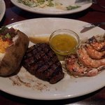 Filet mignon with prawns