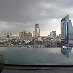 Eastin Grand Hotel Sathorn resmi