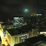 Grand Hyatt Seattle - Executiove Suite - High Floor - Full Moon from Room