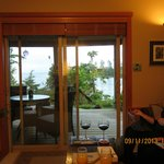 Reef Point B & B aka Reef Point Oceanfront B & B의 사진