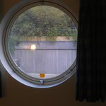 Windows like portholes