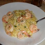 fettuccine alfredo at waldor´s just heaven