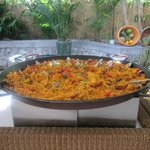 How long does this paella stay out?
