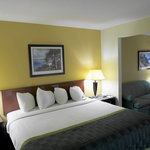 Photo de Baymont Inn & Suites Mason