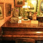 one of the many rooms of antiques