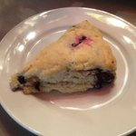 Fresh berry scone - yumms!