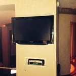Flat screen tv & wonderful music system