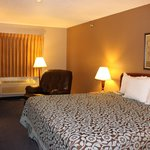 Days Inn Watertown resmi